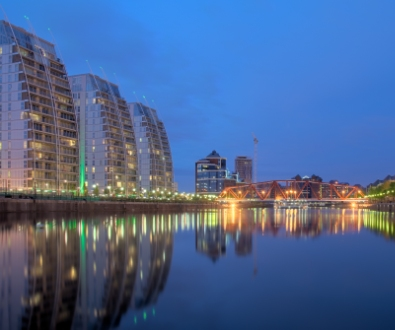 manchester-modern-apartments-on-water
