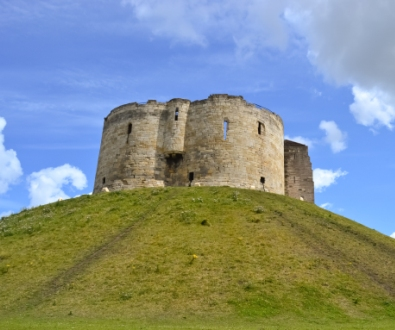 york-cliffords-tower